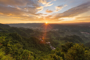 Sunrise scenery photography on the mountain
