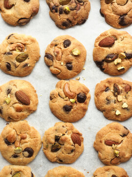 Chocolate chip cookies with almond, pistachio, macadamia and cashew nuts