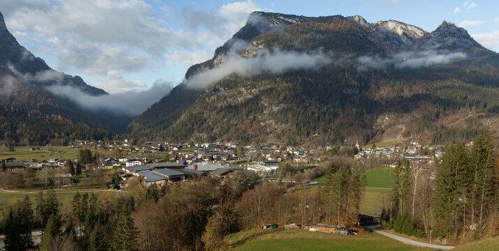 Panorama von Lofer im Pinzgau.