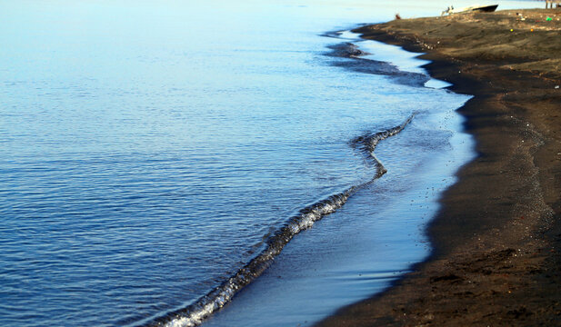 Photos: magnetic Sands and waves