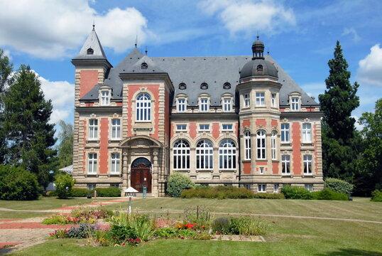 Ville de Sarreguemines, Château de Utzschneider, aujourd'hui Hôtel de la Communauté d'Agglomération, département de la Moselle, France