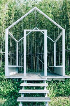 House shape outdoor public seat