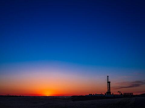 Drilling Rig Sunrise 1