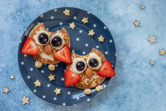 Owl pancakes for kids breakfast