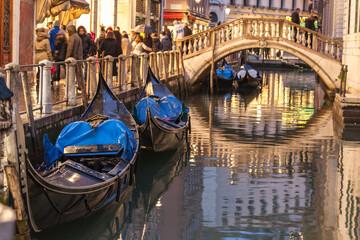 venezia gondola ponte 4