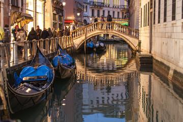 venezia gondola ponte 3