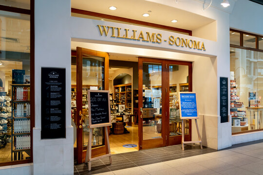 Toronto, Canada - November 9, 2020: Williams-Sonoma storefront is seen in the shopping mall in Toronto. Williams-Sonoma, Inc. is an American retail company that sells kitchen-wares and home furnishing