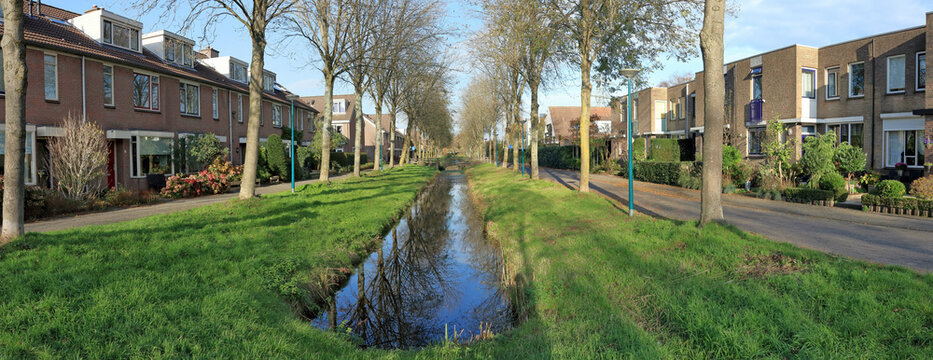 Water storage in a new residential area in the Netherlands