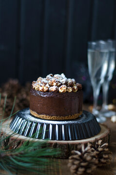 Chocolate cheesecake with popcorn for the new year