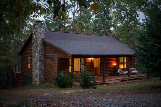 Lovely Cabin in the woods