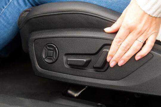 Richtige Sitzposition in einem Auto einstellen