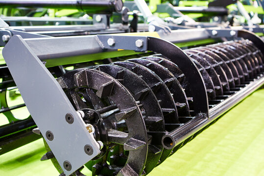 Roller on agricultural cultivator for seedbed preparation on exhibition