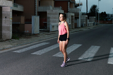 Portrait of a young woman runner Fotomurales