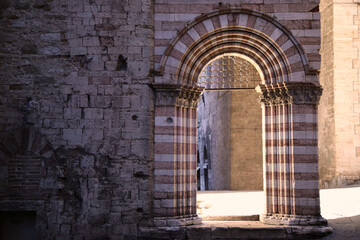 Palaces and arches in the narrow streets of the city of Perugia