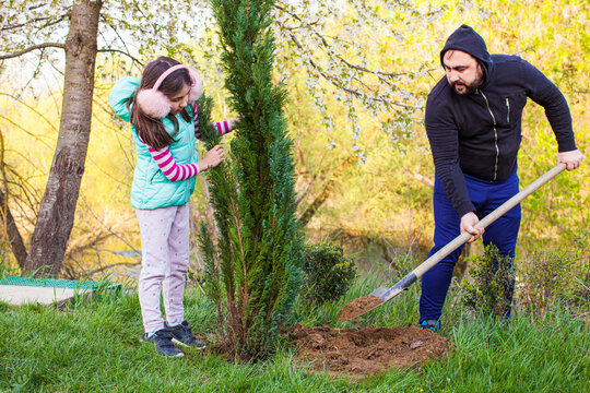Spring tree planting uniting parents and kids