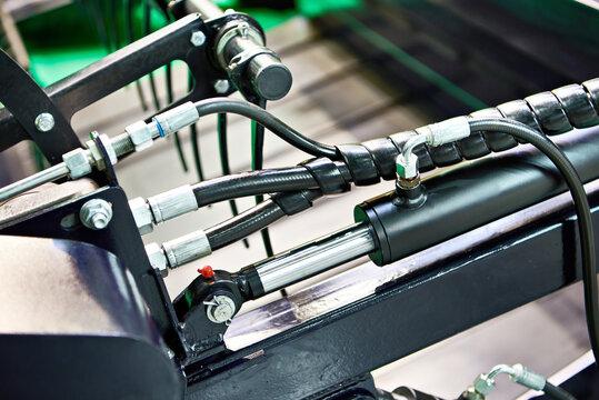 Hydraulic machine mechanism