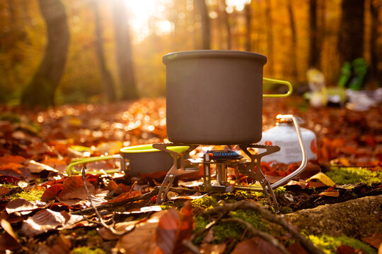 Late autumn is suitable for camping with special equipment