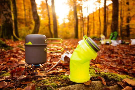 Using special cooking devices to make camping easier