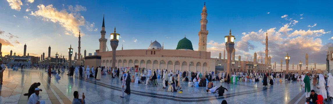 Masjid AL Nabvi Madina Saudi Arabia