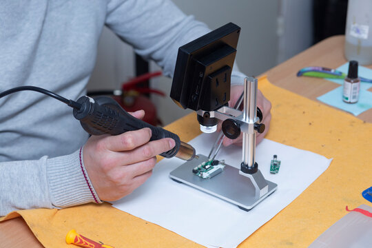 Digital microscope for repair of electronic components.