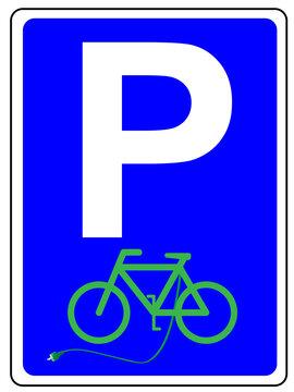 Parkplatz Schild mit E-Bike und Ladekabel