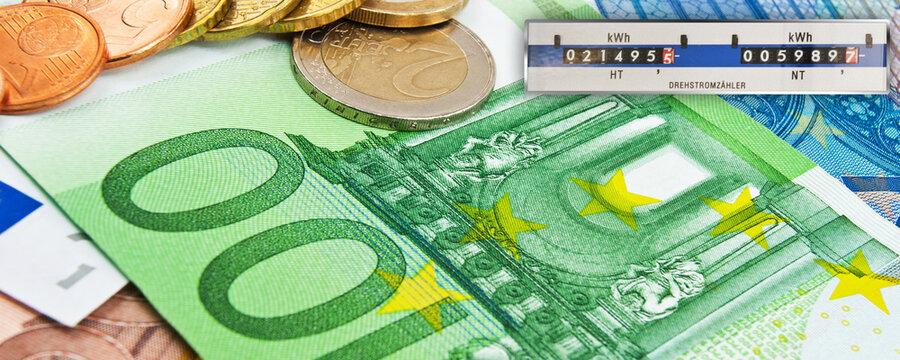Stromzähler mit Euro Banknoten Konzept Abstrakt