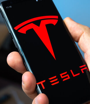 Tesla software. LONDO, UK - November 22, 2020