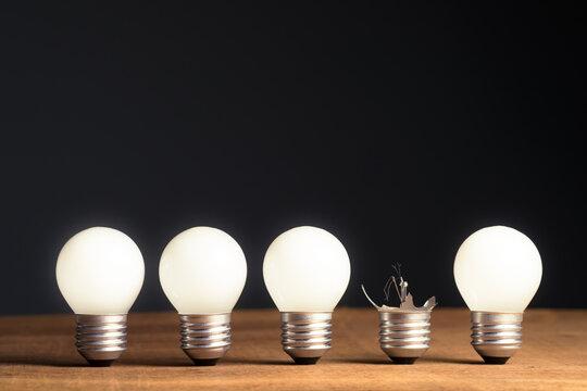 Broken Light Bulb in a Row, Fail and Unsuccessful Idea