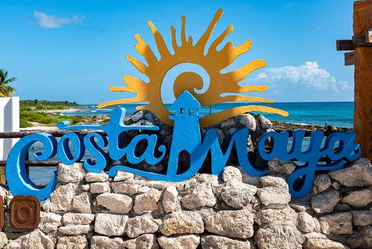 Schriftzug Costa Maya Karibik Mexiko