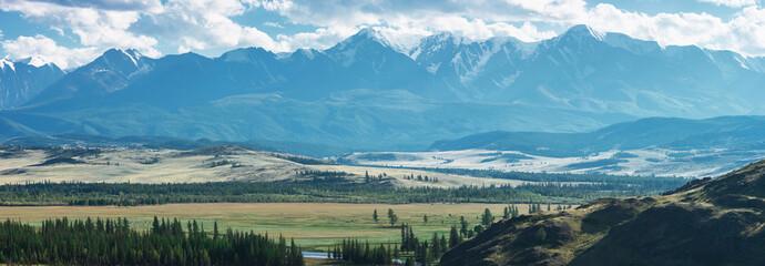 Fototapeta Kurai steppe and North-Chui ridge on background. Altai mountains, Russia. Panoramic picture