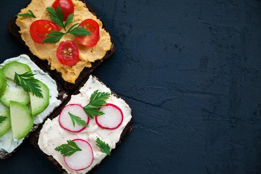 Top view vegetarian sandwiches