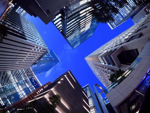 東京都 大手町のオフィスビル街