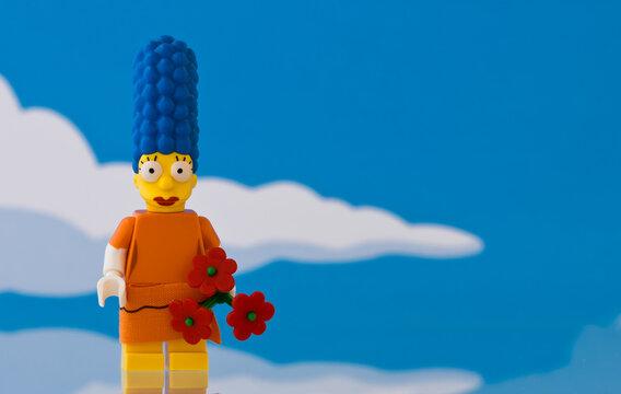 Lippstadt - Deutschland 15.11.2020 Lego Figur Simpsons