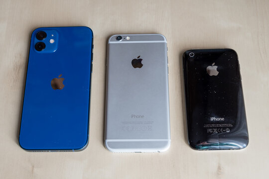 The evolution of Apple iPhone from 3 to 12