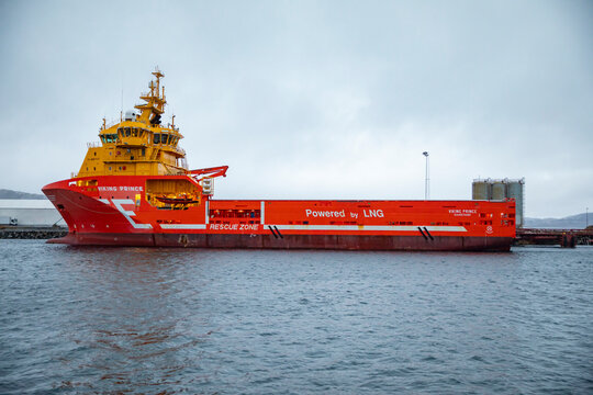 M / S «VIKING PRINCE» is built according to VS 489 PSV-LNG design. The newbuilding price was once stated at NOK 440 million