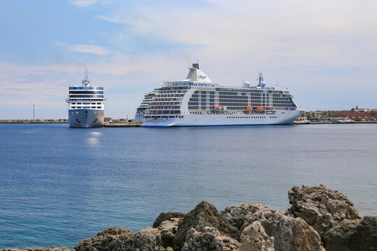 Heavy traffic of cruise ships at Rhodes harbor - Seven Seas Voyager
