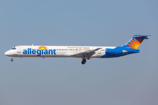 Allegiant Air McDonnell Douglas MD-82 airplane at Los Angeles airport