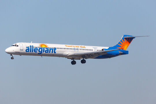 Allegiant Air McDonnell Douglas MD-83 airplane at Los Angeles airport