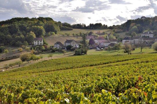 Village dans la Côte Chalonnaise.