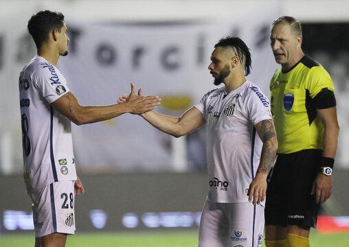 Copa Libertadores - Santos v Liga de Quito