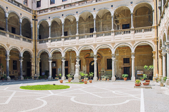 Internal courtyard of the old building in Palermo, Italy