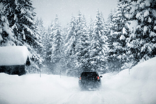 Heavy snow on the PlockenPass route of the Austrian Alps. The read is slippery and the driving very dangerous.