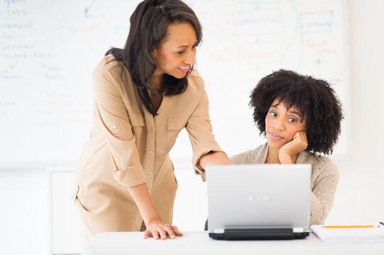 African American businesswomen working together
