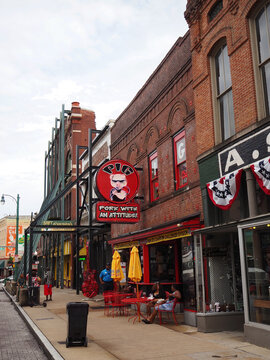 The Pig On Beale