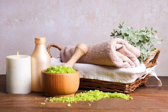 Green sea salt in a wooden bowl