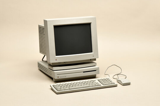 Macintosh LC 3 from 1994