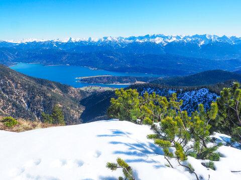 Winterwandern auf den Heimgarten (Bayern)