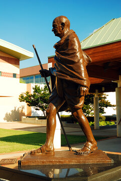A Statue of Gandhi outside the Martin Luther King Center for Non Violence