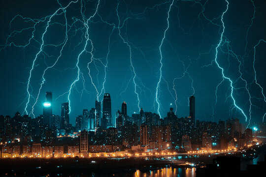 The lightning in the mountain city of chongqing at night