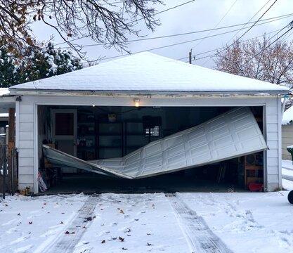 Garage Door in need of repair
